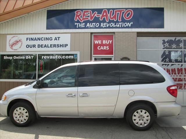 2005 Chrysler Town and Country for sale in Clarion IA