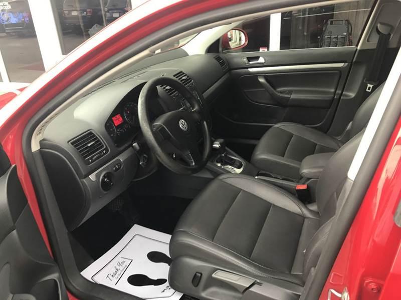 2007 Volkswagen Jetta 2.5 4dr Sedan (2.5L I5 6A) - Des Moines IA