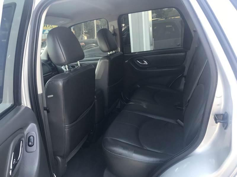 2005 Mazda Tribute s 4WD 4dr SUV - Des Moines IA