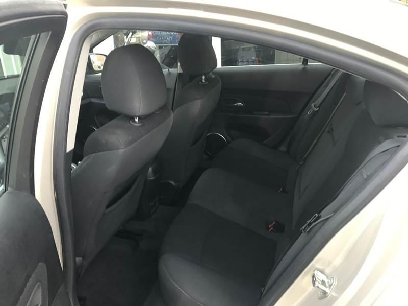 2011 Chevrolet Cruze LT 4dr Sedan w/1LT - Des Moines IA