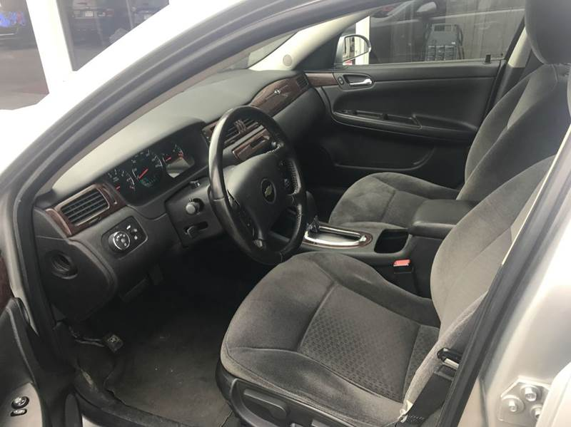 2011 Chevrolet Impala LT Fleet 4dr Sedan w/2FL - Des Moines IA