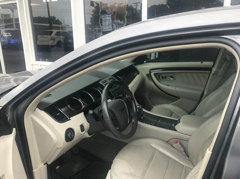 2011 Ford Taurus Limited 4dr Sedan - Des Moines IA