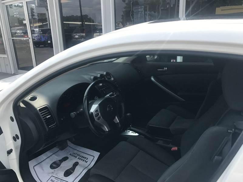 2009 Nissan Altima 2.5 S 2dr Coupe CVT - Des Moines IA