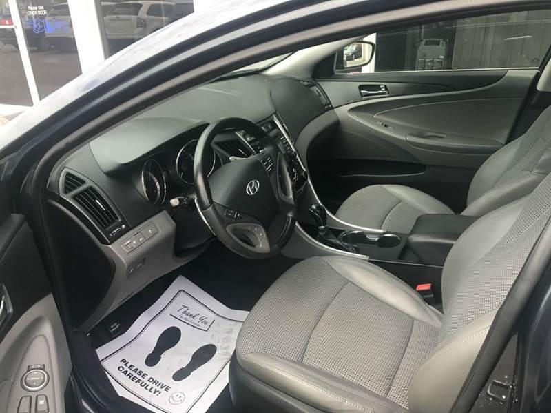 2011 Hyundai Sonata Limited 4dr Sedan - Des Moines IA