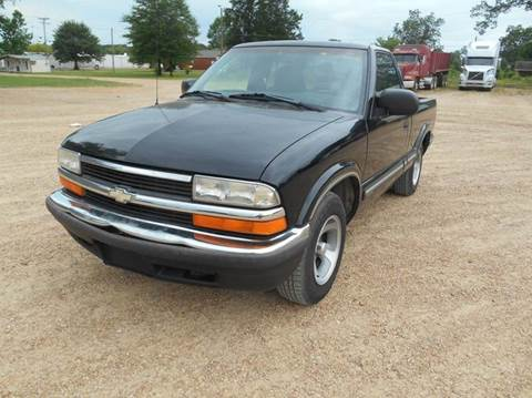 1999 Chevrolet S-10 for sale in West Point, MS