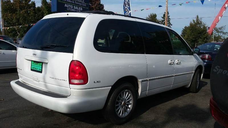 2000 Chrysler Town and Country LXi 4dr Extended Mini Van - Lakewood WA