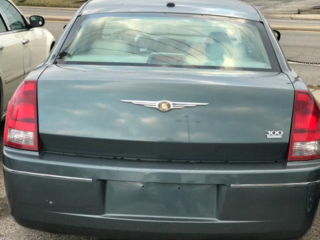 2006 Chrysler 300 Touring 4dr Sedan - Indianapolis IN