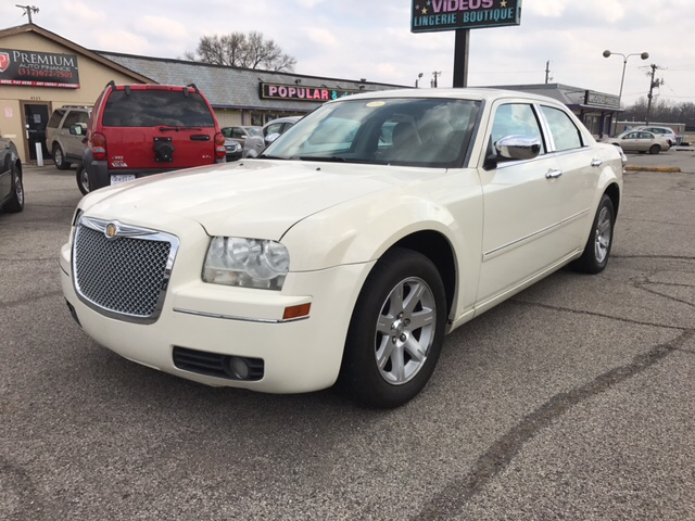 2007 Chrysler 300 Touring 4dr Sedan - Indianapolis IN