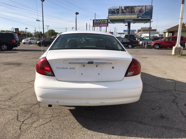 2002 Ford Taurus SES 4dr Sedan - Indianapolis IN