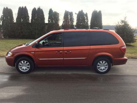 2006 chrysler town and country for sale michigan. Black Bedroom Furniture Sets. Home Design Ideas