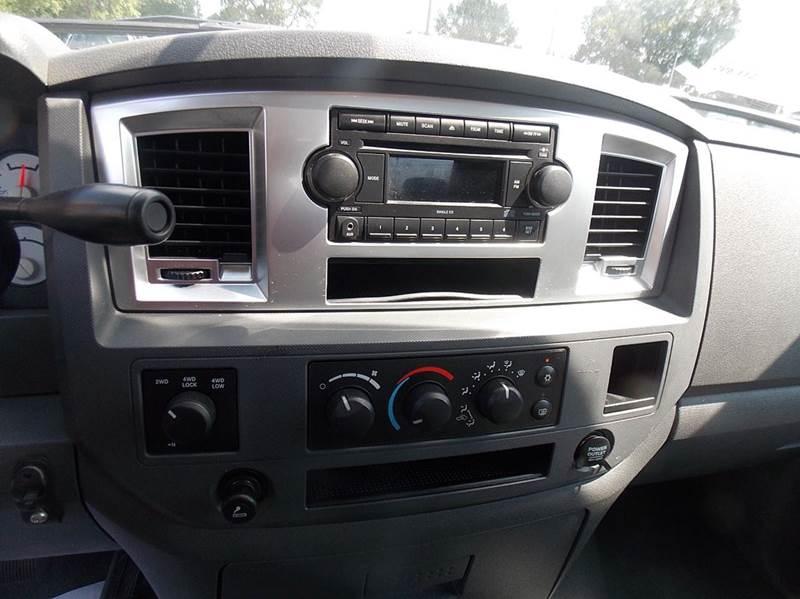 2007 Dodge Ram Pickup 1500 SLT 4dr Quad Cab 4WD SB - Otsego MI