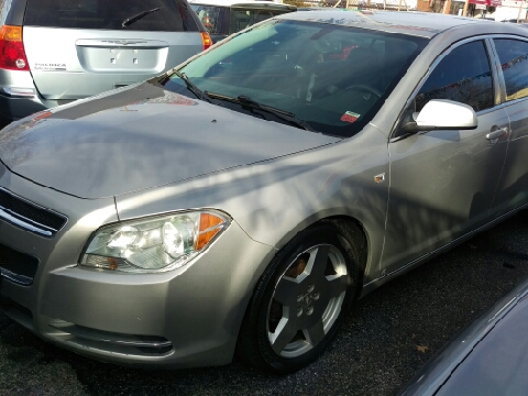 2008 Chevrolet Malibu for sale in Uniondale, NY
