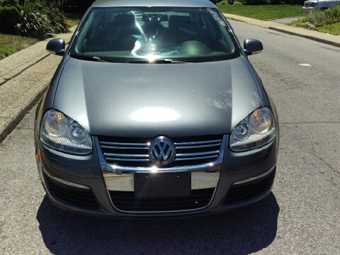 2009 Volkswagen Jetta for sale in Uniondale, NY