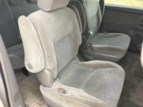 2005 Toyota Sienna LE 7-Passenger 4dr Mini-Van - Kyle TX
