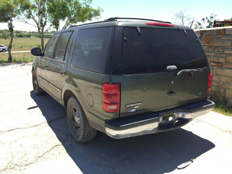 2001 Ford Expedition XLT 2WD 4dr SUV - Kyle TX