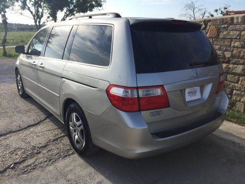 2006 Honda Odyssey EX-L 4dr Mini-Van w/DVD - Kyle TX