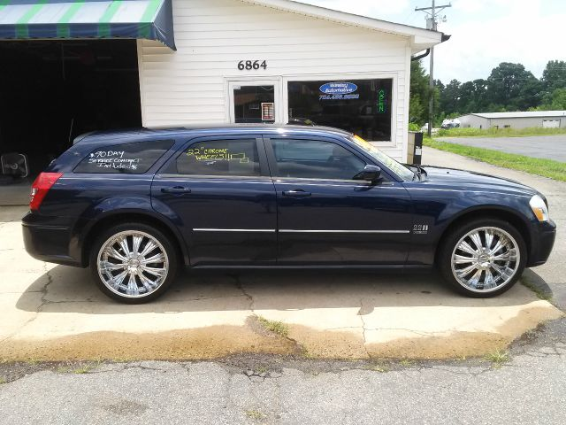 used 2006 dodge magnum rt awd 4dr wagon in maiden nc at wesley automotive llc. Black Bedroom Furniture Sets. Home Design Ideas