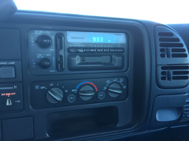 1997 Chevrolet C/K 1500 Series 2dr C1500 WT Standard Cab LB - Twin Lake MI
