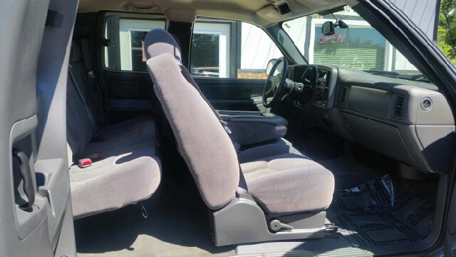 2006 Chevrolet Silverado 1500 LT2 4dr Extended Cab 4WD 6.5 ft. SB - Twin Lake MI