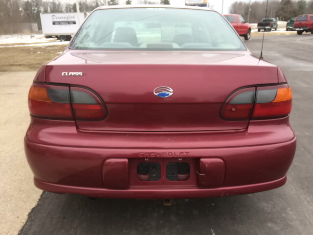 2004 Chevrolet Classic Base 4dr Sedan - Twin Lake MI