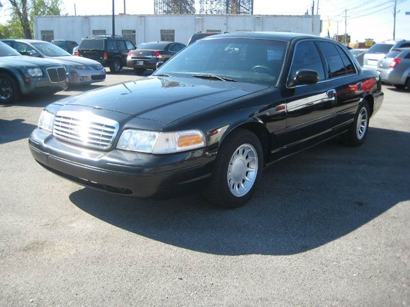 2000 ford crown victoria lx 4dr sedan in louisville ky craven cars. Black Bedroom Furniture Sets. Home Design Ideas