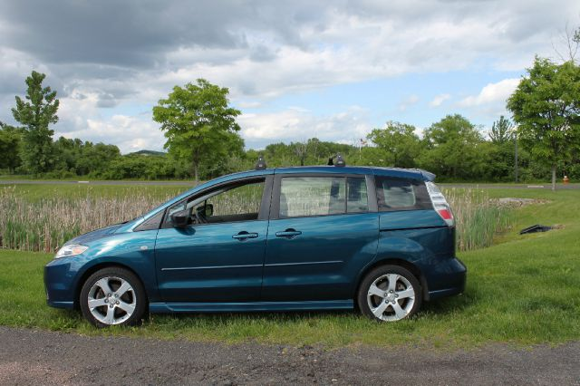 2006 mazda mazda5 touring 4dr minivan in ellington vernon. Black Bedroom Furniture Sets. Home Design Ideas