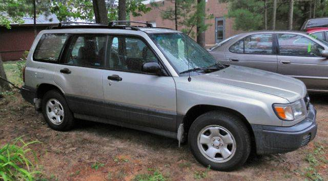 2000 subaru forester l awd 4dr wagon in traverse city mi. Black Bedroom Furniture Sets. Home Design Ideas