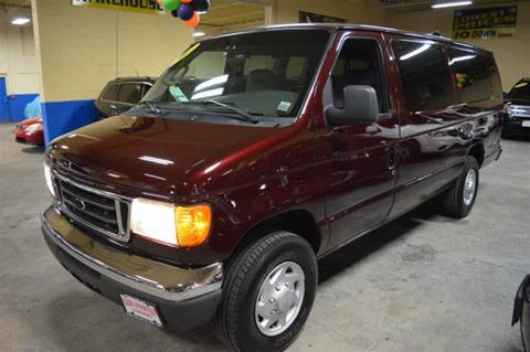 2007 Ford E-Series Wagon for sale in Freeport, NY