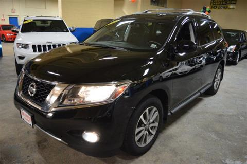 2014 Nissan Pathfinder for sale in Freeport, NY