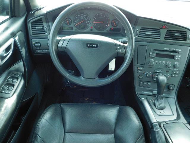 2001 Volvo S60 4dr T5 Turbo Sedan - Shakopee MN