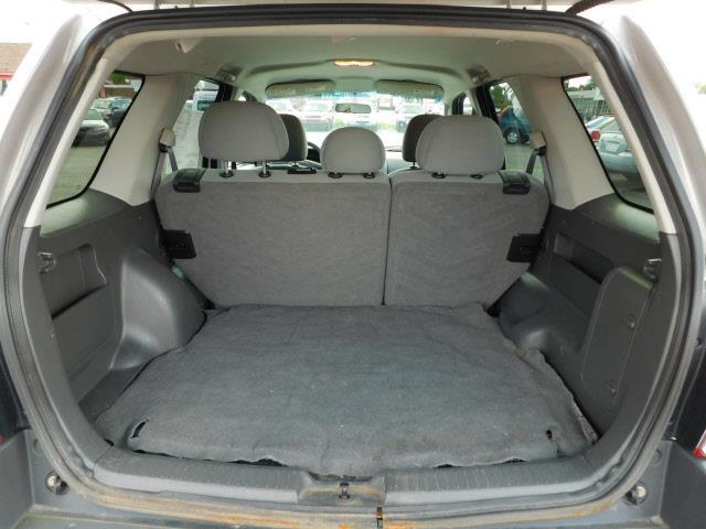 2006 Ford Escape AWD XLT 4dr SUV w/3.0L - Shakopee MN