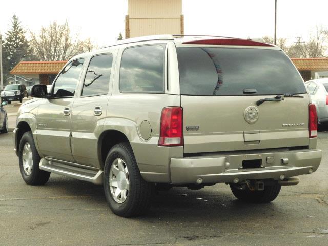 2002 Cadillac Escalade AWD 4dr SUV - Shakopee MN