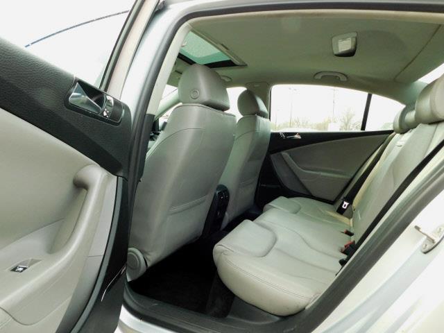 2006 Volkswagen Passat 2.0T 4dr Sedan w/Automatic - Shakopee MN