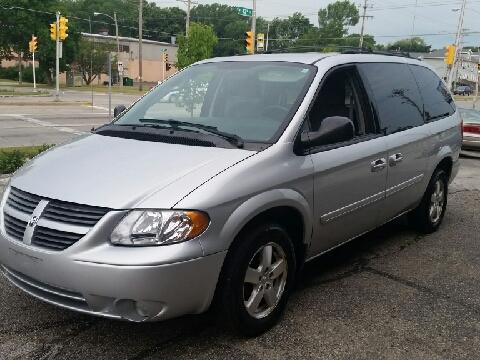 2007 Dodge Grand Caravan for sale in Milwaukee, WI