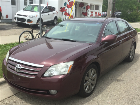 2007 Toyota Avalon for sale in Madison, WI