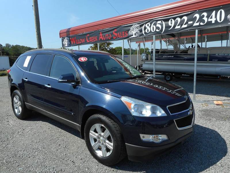 2010 Chevrolet Traverse Awd Lt 4dr Suv W 1lt In Knoxville