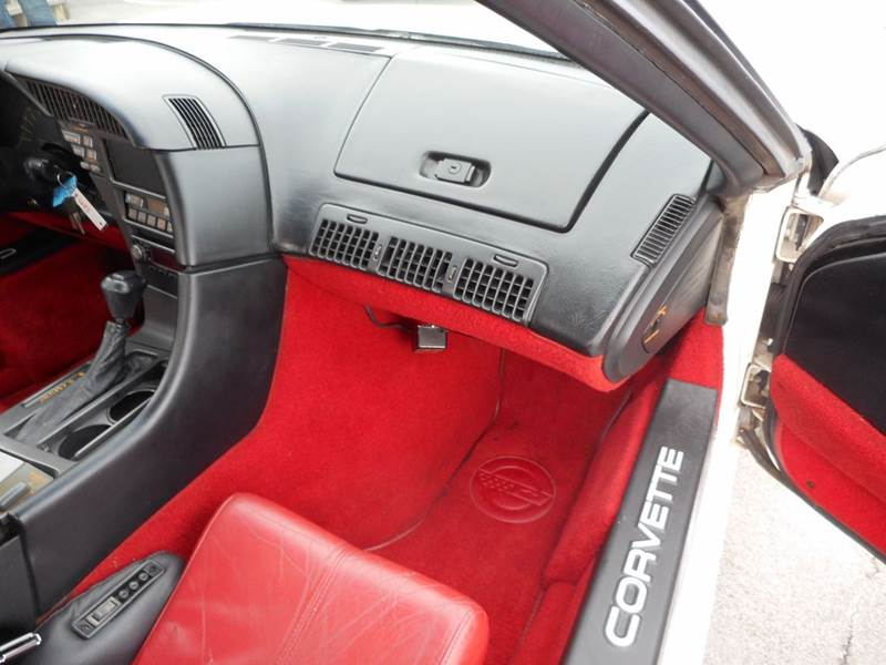 1991 Chevrolet Corvette Base 2dr Convertible In Knoxville