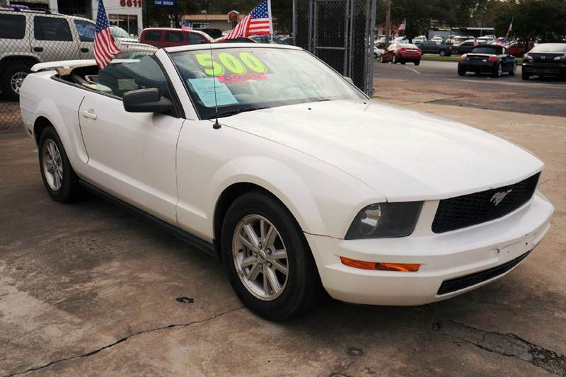 2006 ford mustang v6 deluxe 2dr convertible in houston tx. Black Bedroom Furniture Sets. Home Design Ideas