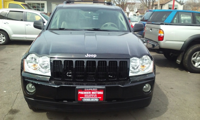 2006 Jeep Grand Cherokee Laredo 4dr Suv 4wd In Milwaukee