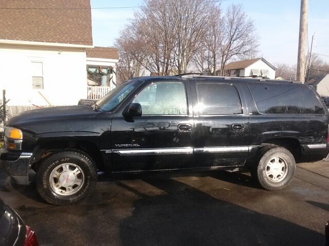 2001 Gmc Yukon Xl 1500 Slt 4wd 4dr Suv In Milwaukee Wi