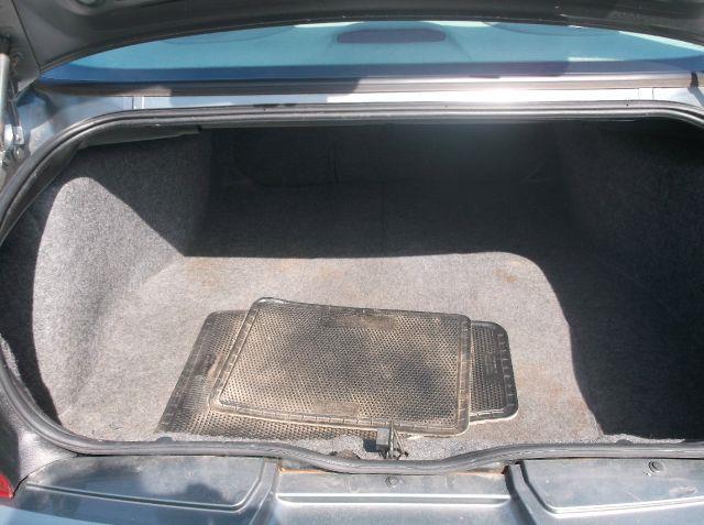 2004 Buick Regal LS 4dr Sedan - Hartsgrove OH