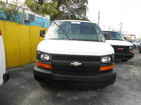 2010 Chevrolet Express Cargo for sale in Miami, FL