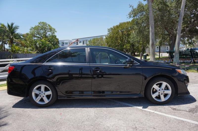 2013 Toyota Camry SE 4dr Sedan - Fort Lauderdale FL