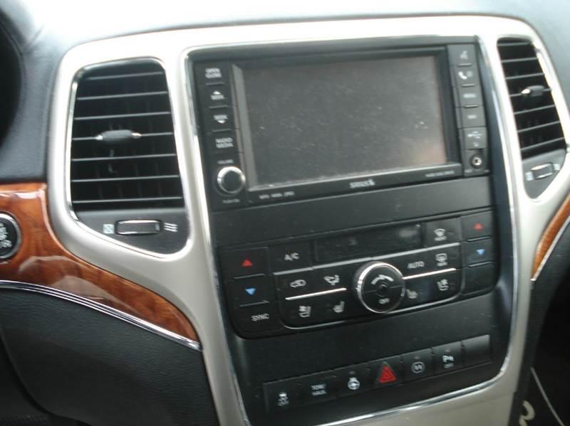 2011 Jeep Grand Cherokee 4x4 Overland 4dr SUV - Johnston RI