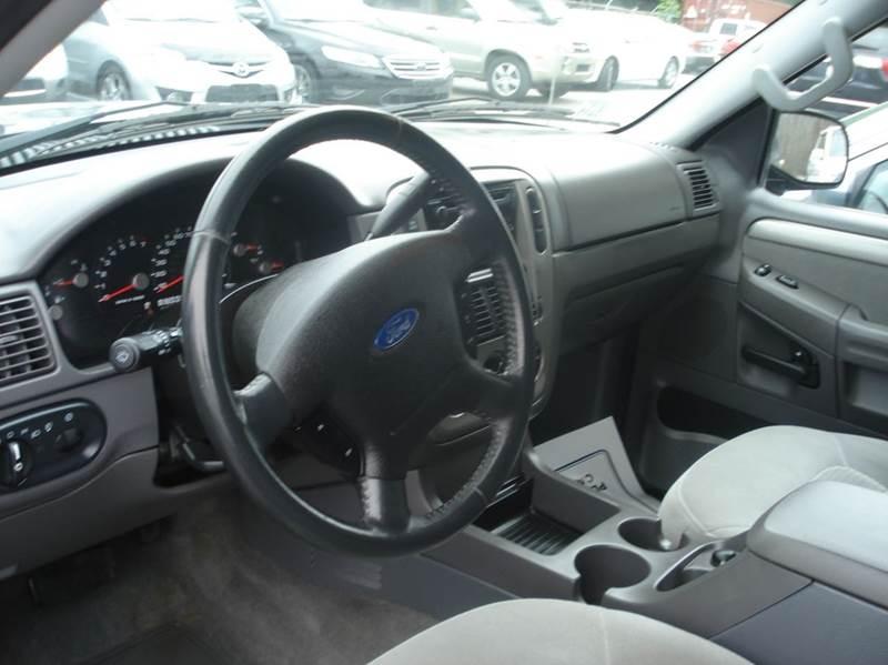 2004 Ford Explorer 4dr XLT 4WD SUV - Johnston RI