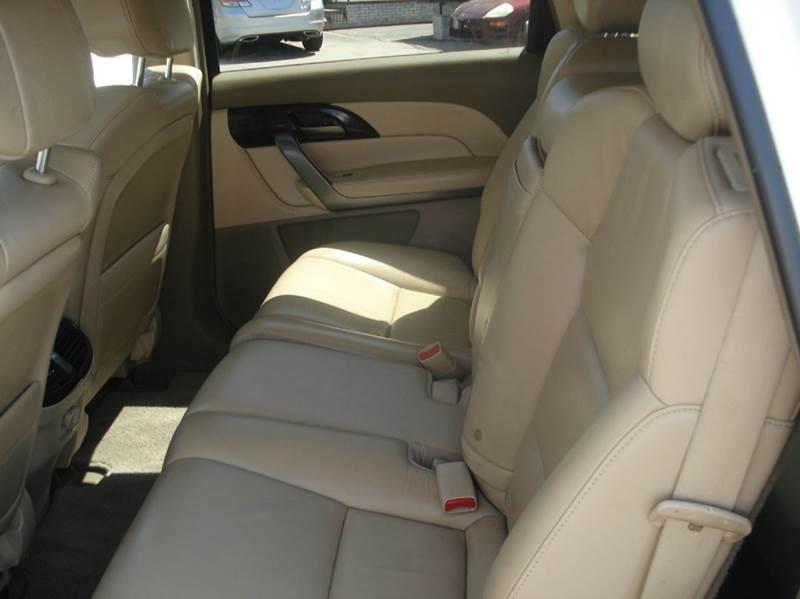 2008 Saturn Outlook AWD XR 4dr SUV - Johnston RI