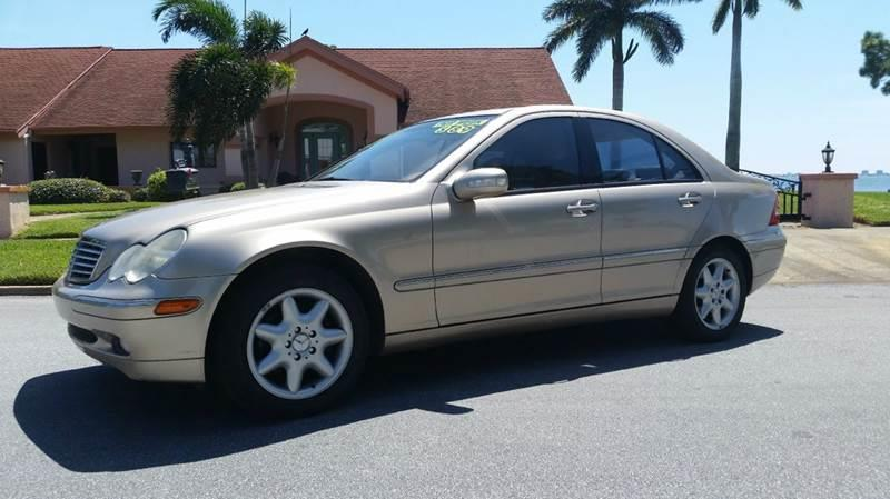 Mercedes benz c class for sale in sarasota fl for Mercedes benz of sarasota clark road sarasota fl