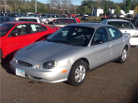 1999 Ford Taurus for sale in Maplewood, MN