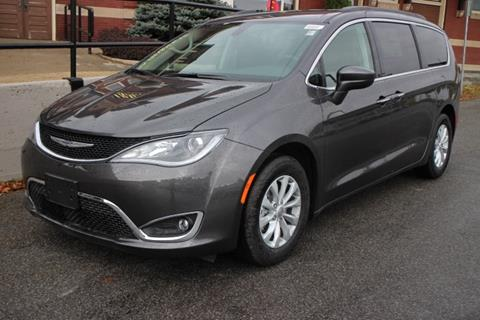 2018 Chrysler Pacifica for sale in Springville, NY