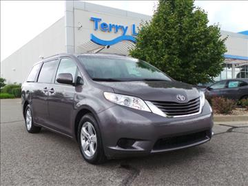 2015 Toyota Sienna for sale in Avon, IN